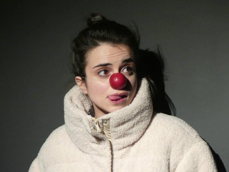 Karen Moreau interprète Alexi.e